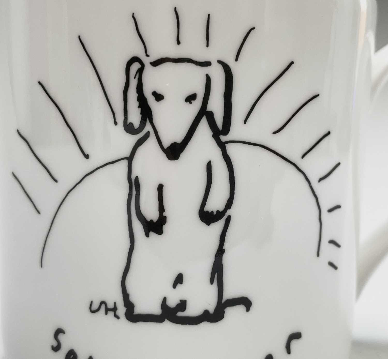 David HOCKNEY (1937) A Royal Doulton bone china mug showing a design of a dog by David Hockney for - Image 4 of 4