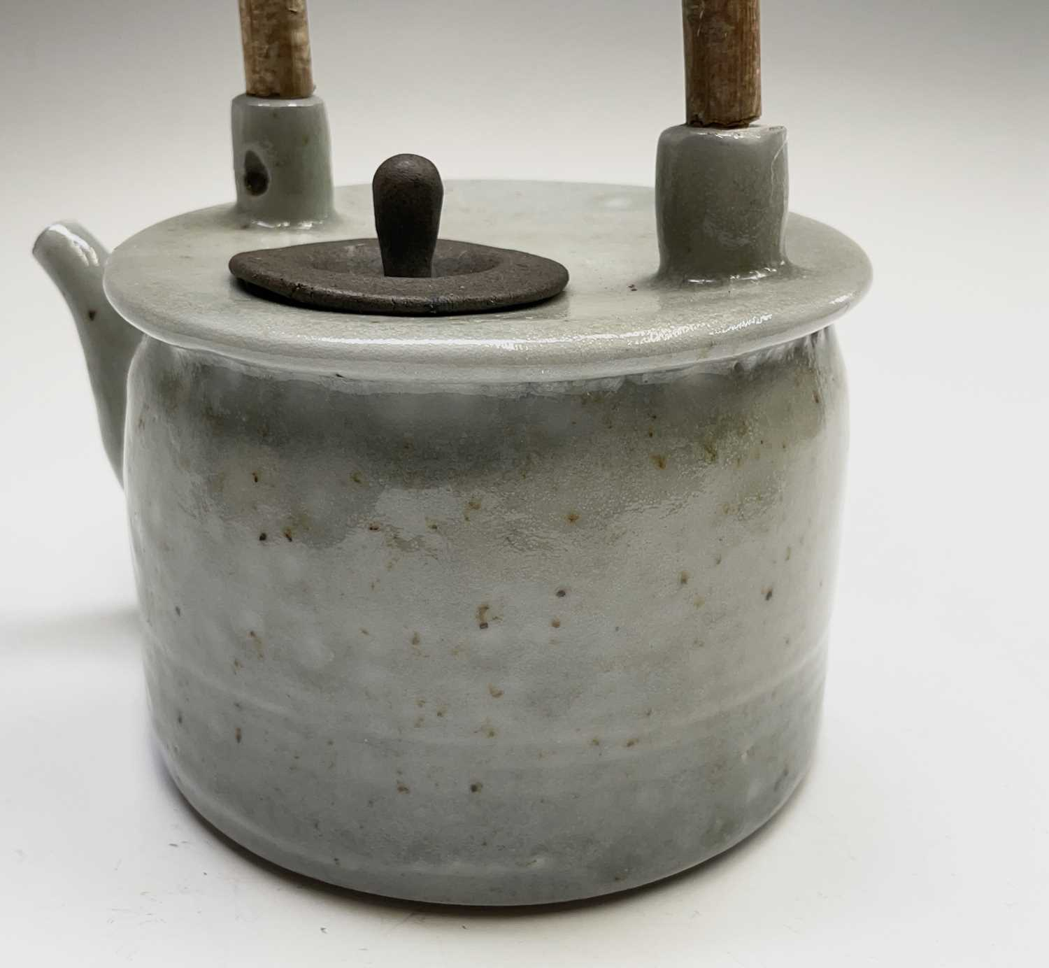 Roger MICHELL (1947-2018)A celadon glazed teapotImpressed makers mark to base, signed in pen and - Image 3 of 15