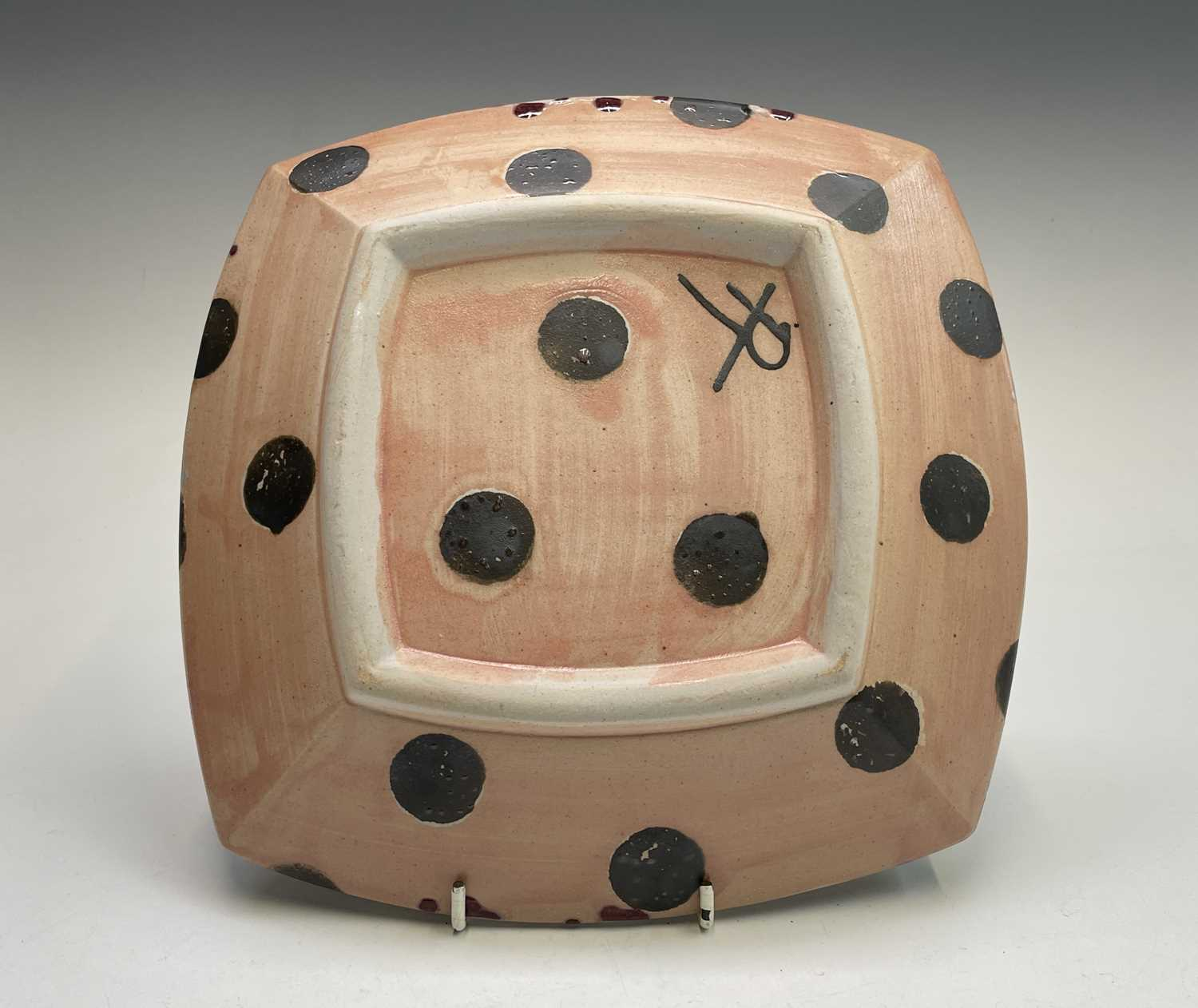 Janice TCHALENKO (1942-2018) Square dish Monogrammed 25.5cmCondition report: We can see no condition - Image 2 of 3