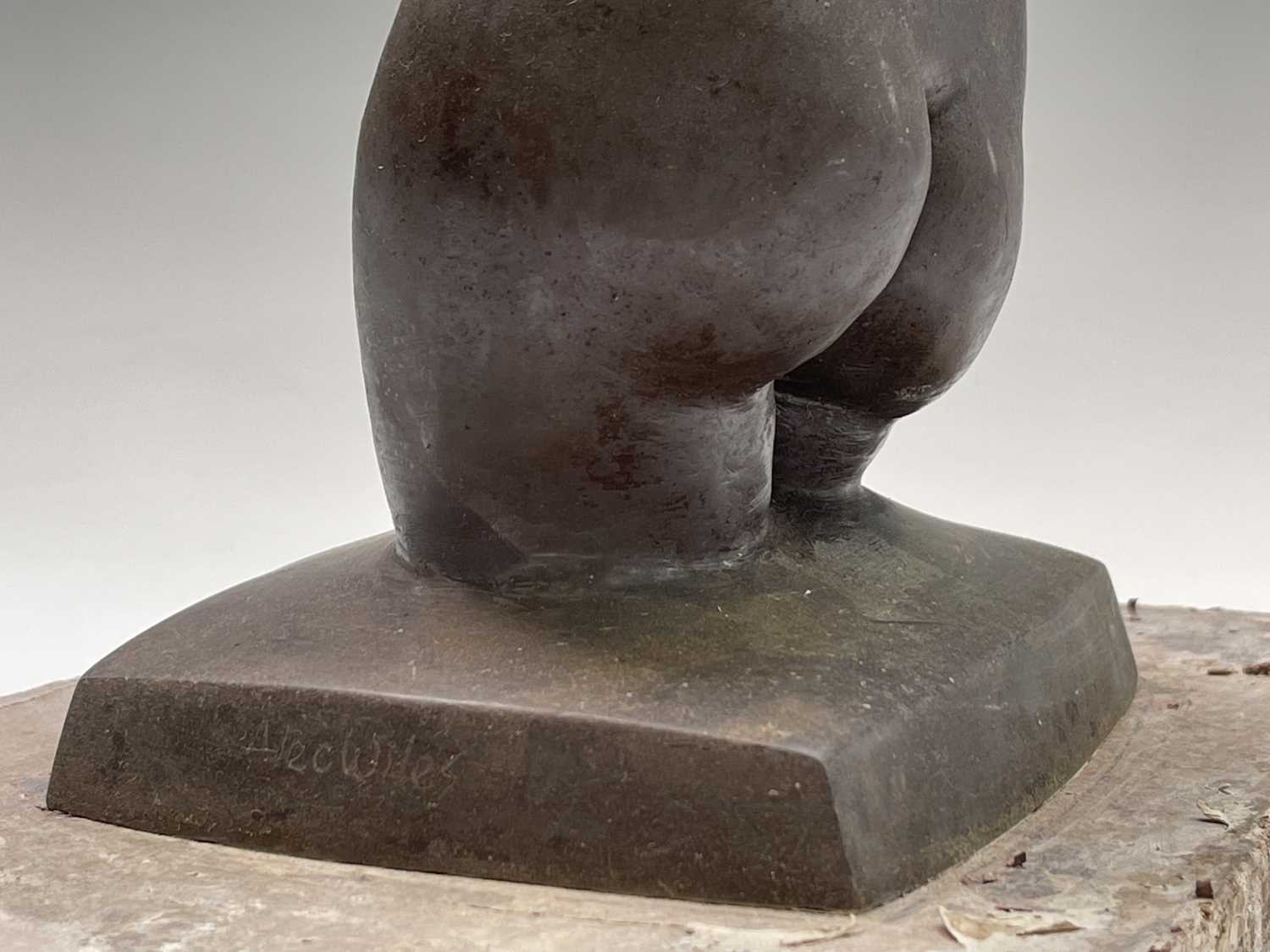 Alec WILES (1924)Female Torso Bronze resin sculpture Signed Height 30cm - Image 7 of 9