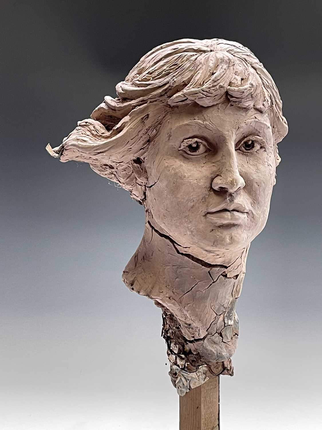 Alec WILES (1924)Female Head Clay sculpture Height 58cm - Image 6 of 17