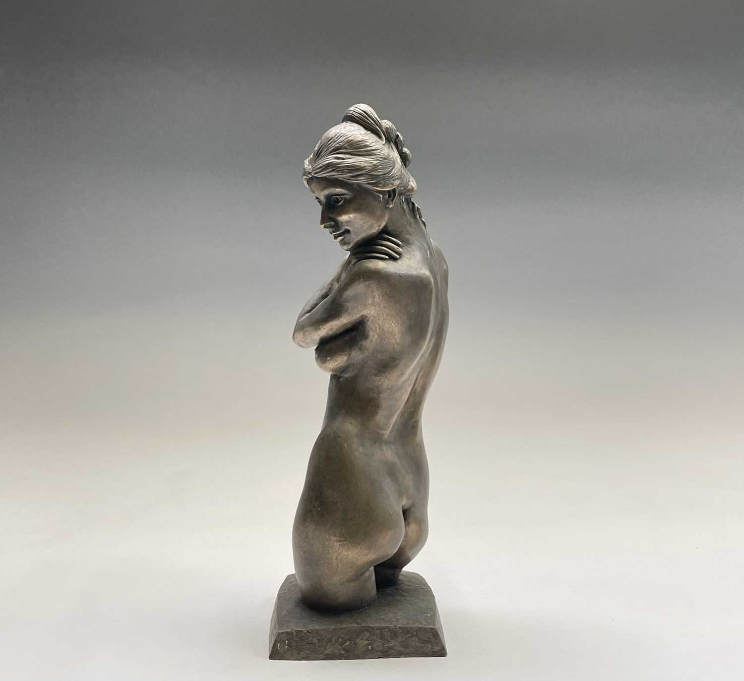 Alec WILES (1924)Female Form Bronzed resin sculpture Signed Height 36.5cm - Image 4 of 11