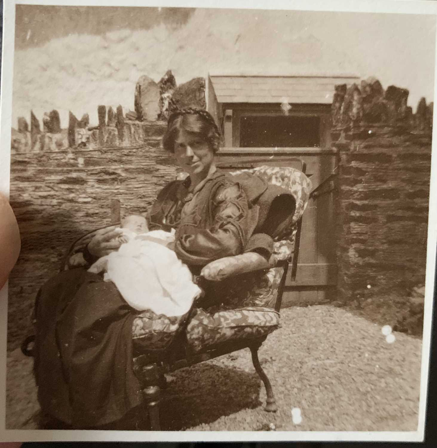 Joan Manning Sanders 1913-2002 Her personal archive. A fascinating collection of photographs and - Image 12 of 32