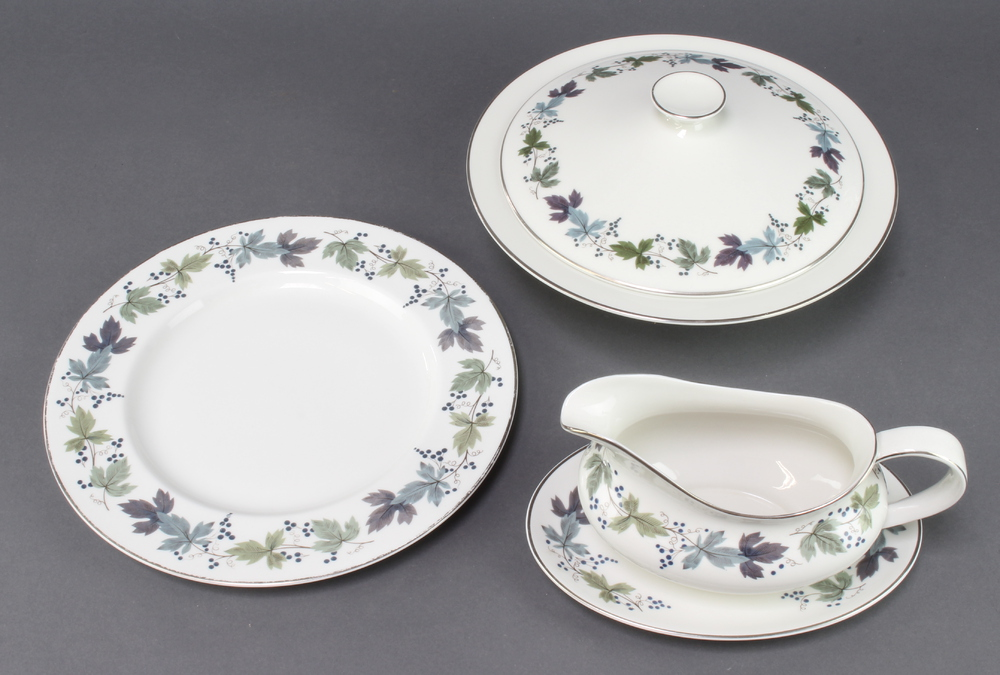 A Royal Doulton Burgundy pattern tea, coffee and dinner service, comprising 6 coffee cups (1 a/f), 6