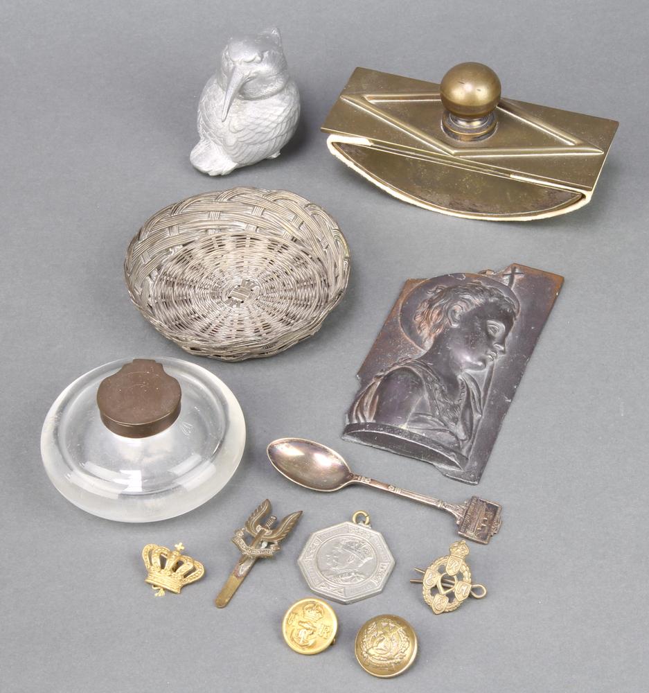 An Art Nouveau style gilt metal rectangular desk blotter 3cm h x 14cm w x 5.5cm d, a clear glass and