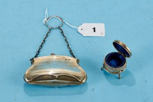 A GEORGE V LADY'S SILVER EVENING PURSE of shaped outline with a chain handle,