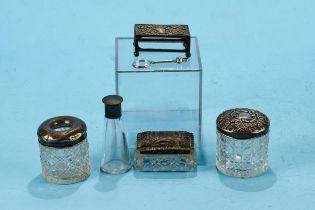 AN EDWARDIAN EMBOSSED SILVER MATCHBOX HOLDER, maker JD.WD, Chester 1903, a silver CIGARETTE