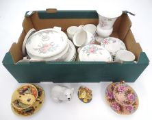 A quantity of ceramics to include Royal Doulton, Aynsley etc. Please Note - we do not make reference
