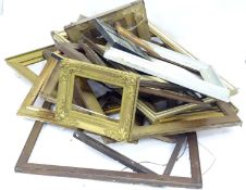 A quantity of picture frames Please Note - we do not make reference to the condition of lots