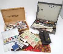 A quantity of artist's materials Please Note - we do not make reference to the condition of lots