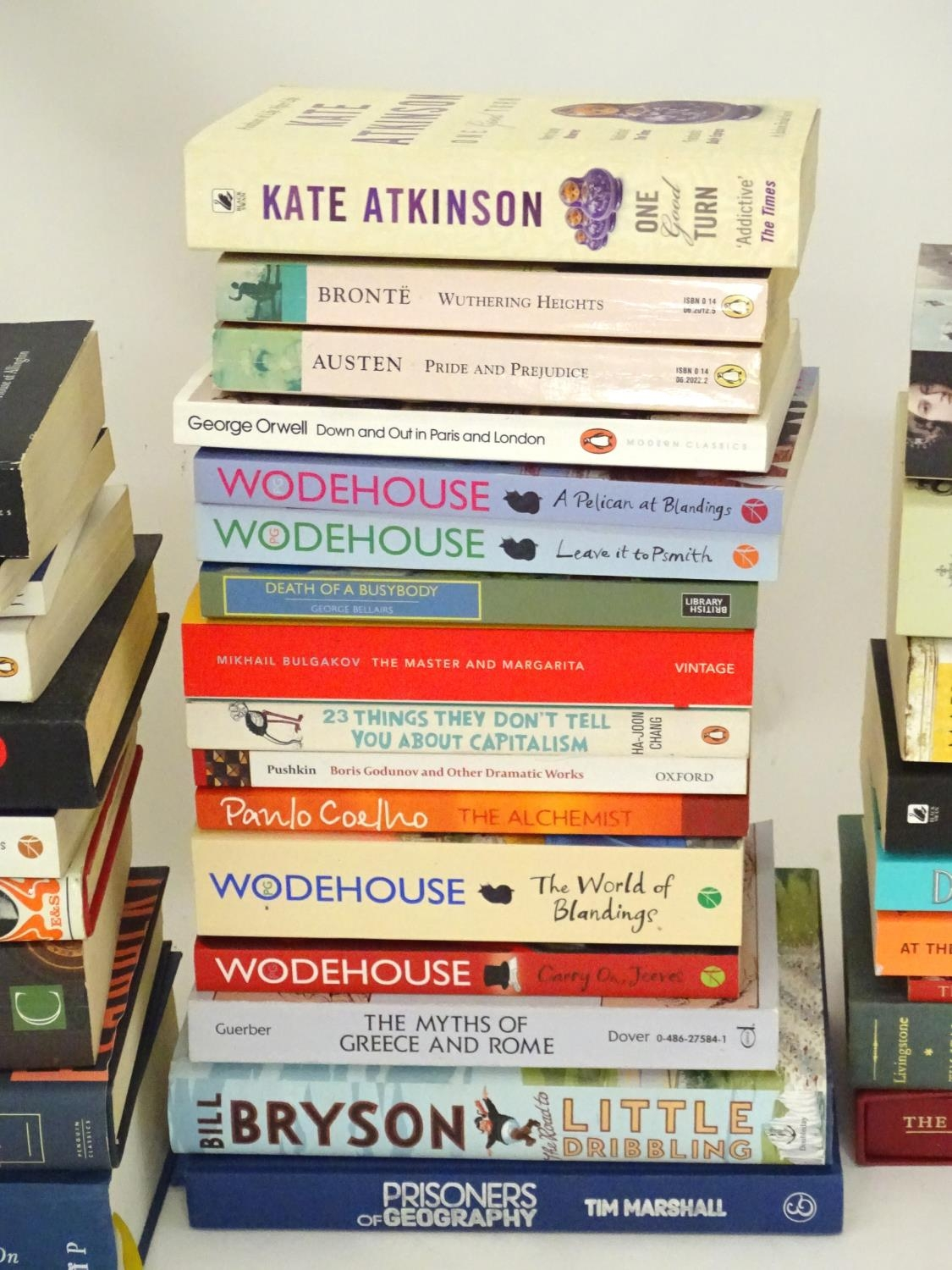A quantity of books to include titles by Alan Bennett, Jeremy Clarkson, Bill Bryson, Anthony - Image 6 of 6