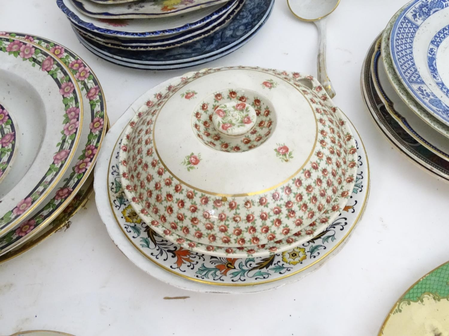 A large quantity of assorted Booths china to include bowls, coffee pots, chamber pots, cups, - Image 7 of 17