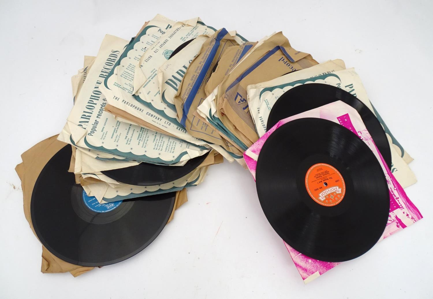 A quantity of 78 RPM vinyl records Please Note - we do not make reference to the condition of lots - Image 3 of 7