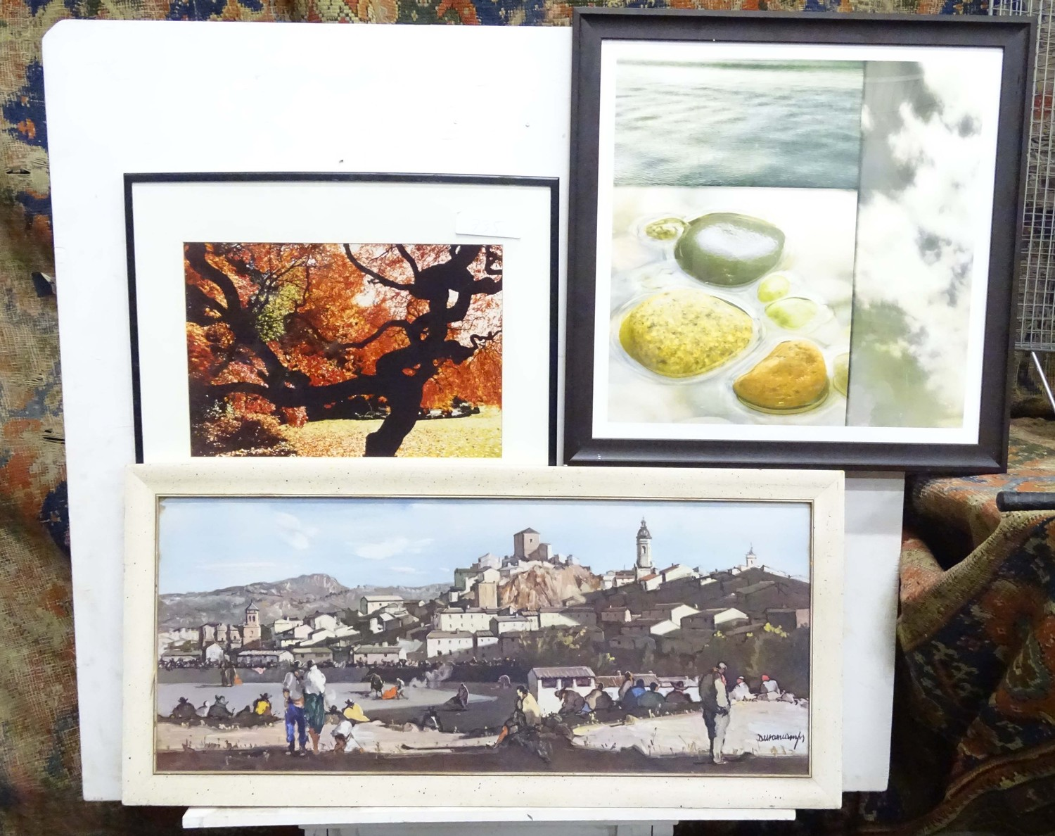 A quantity of pictures, framed contemporary prints Please Note - we do not make reference to the