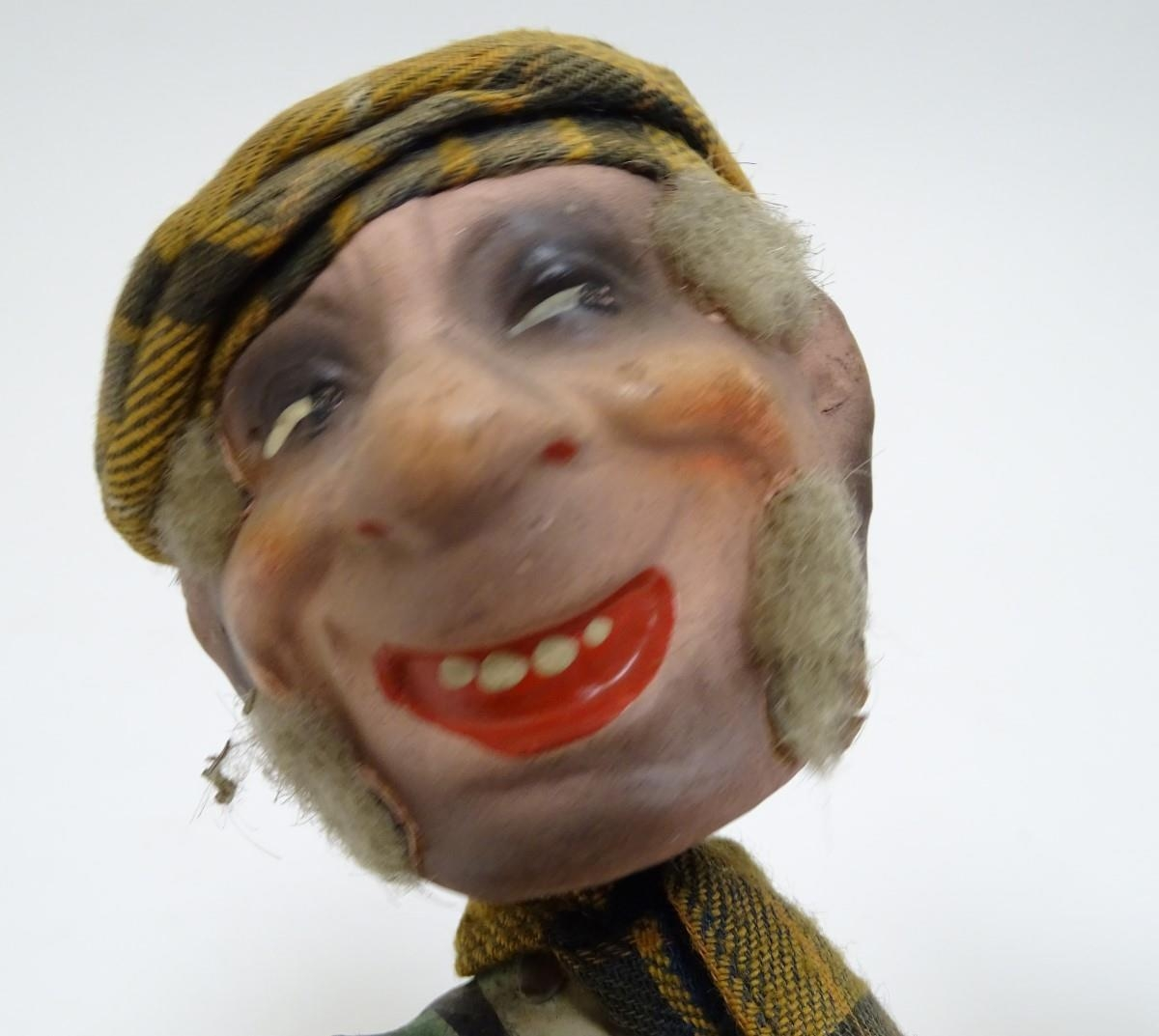 Toys: Two unusual novelty humorous Scottish figures made of pressed card. A wind up toy modelled - Image 9 of 9
