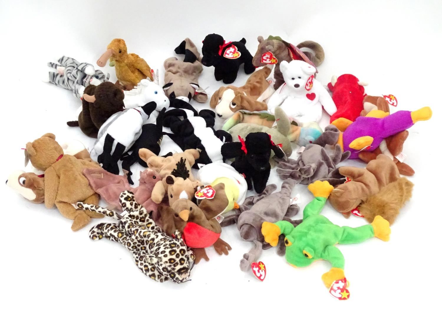 A quantity of TY Beanie Babies Please Note - we do not make reference to the condition of lots
