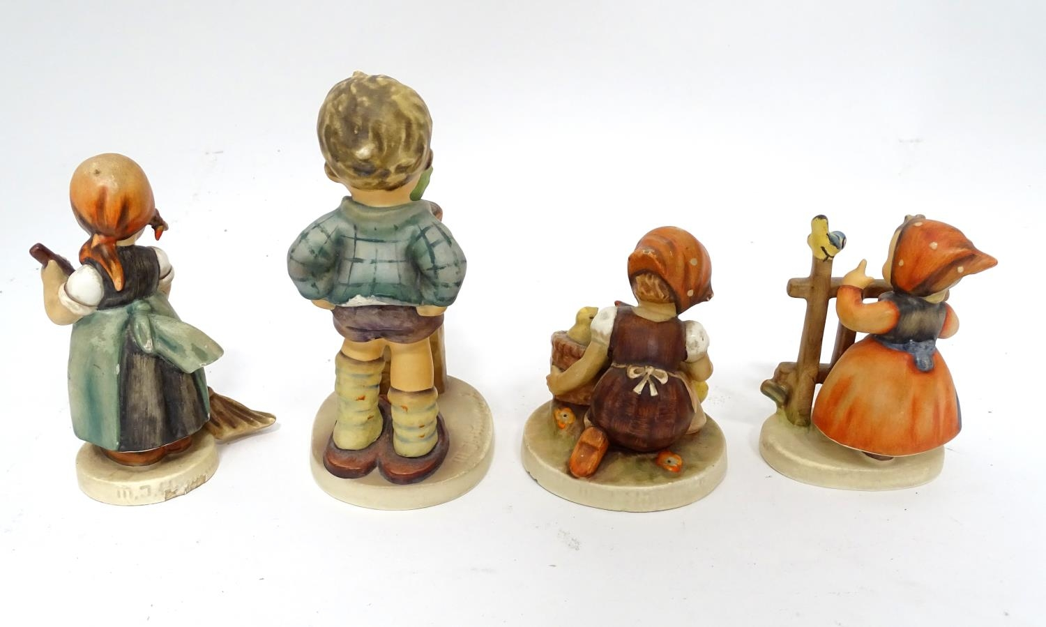 Four Hummel / Goebel figures Please Note - we do not make reference to the condition of lots - Image 5 of 6