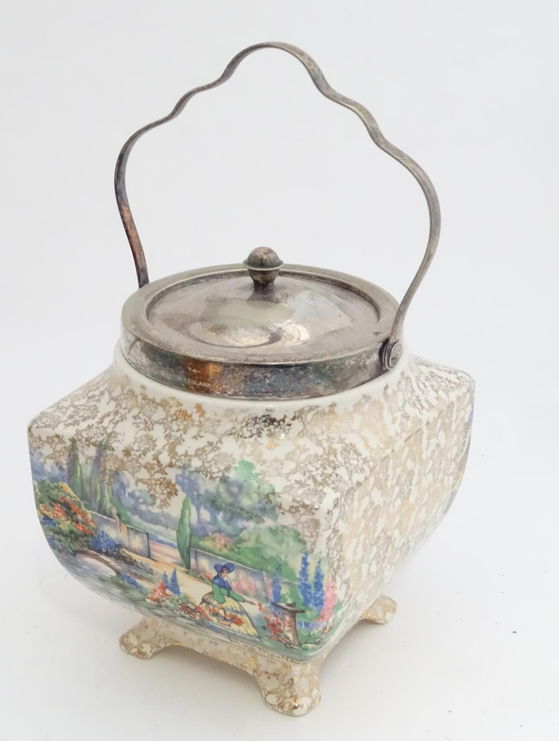 A quantity of silver plated items to include a biscuit barrel, toast rack, sauce boat, tongs, etc. - Image 19 of 30