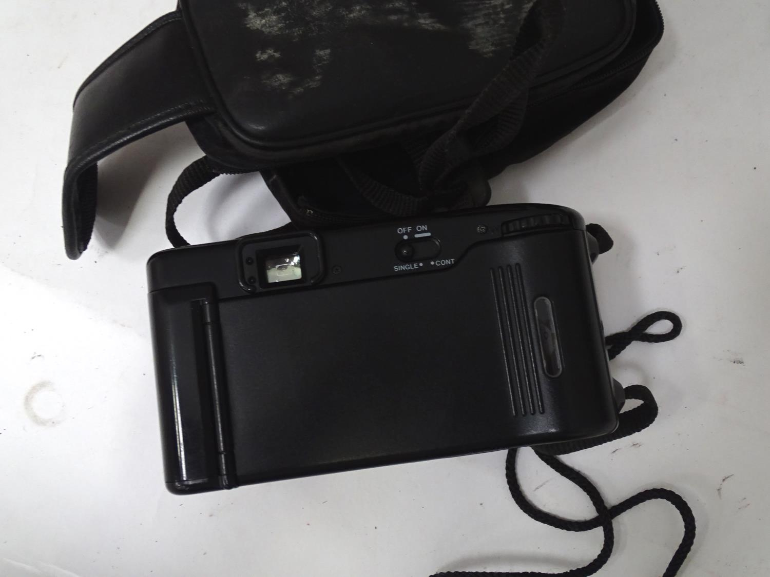 A quantity of cameras etc. Please Note - we do not make reference to the condition of lots within - Image 8 of 18