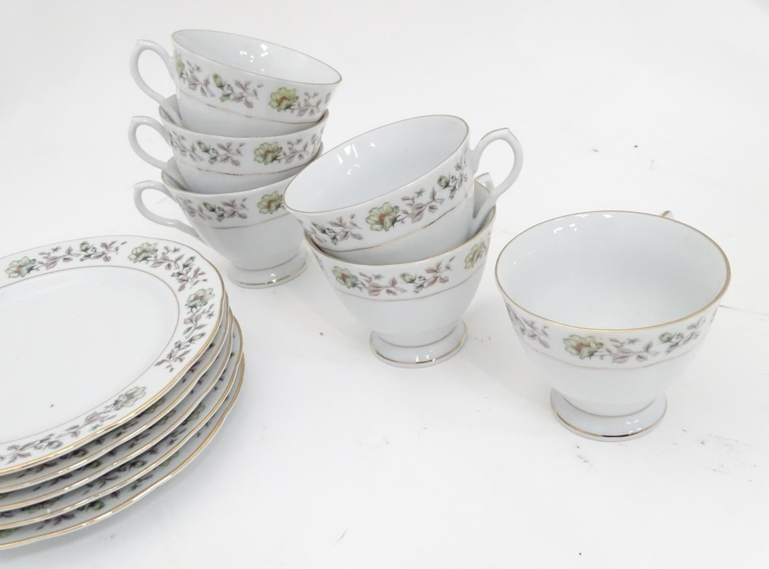 A quantity of assorted ceramics and glass to Colclough cups and saucer, Royal Brierley crystal - Image 13 of 15