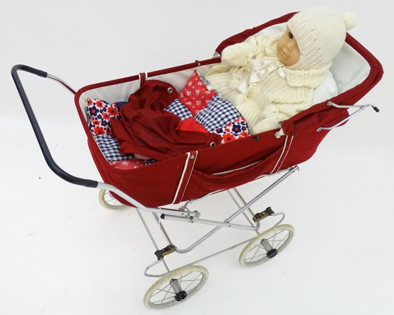 A 20thC dolls pram together with two dolls (3) Please Note - we do not make reference to the - Image 5 of 7