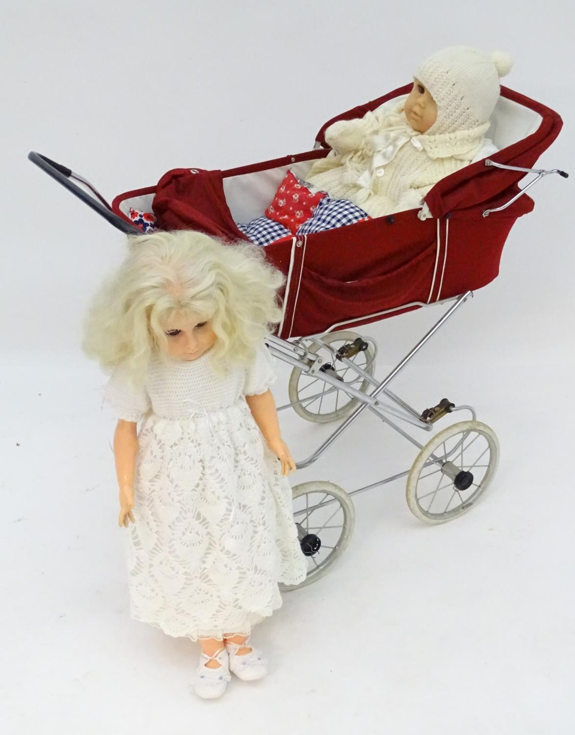 A 20thC dolls pram together with two dolls (3) Please Note - we do not make reference to the - Image 4 of 7