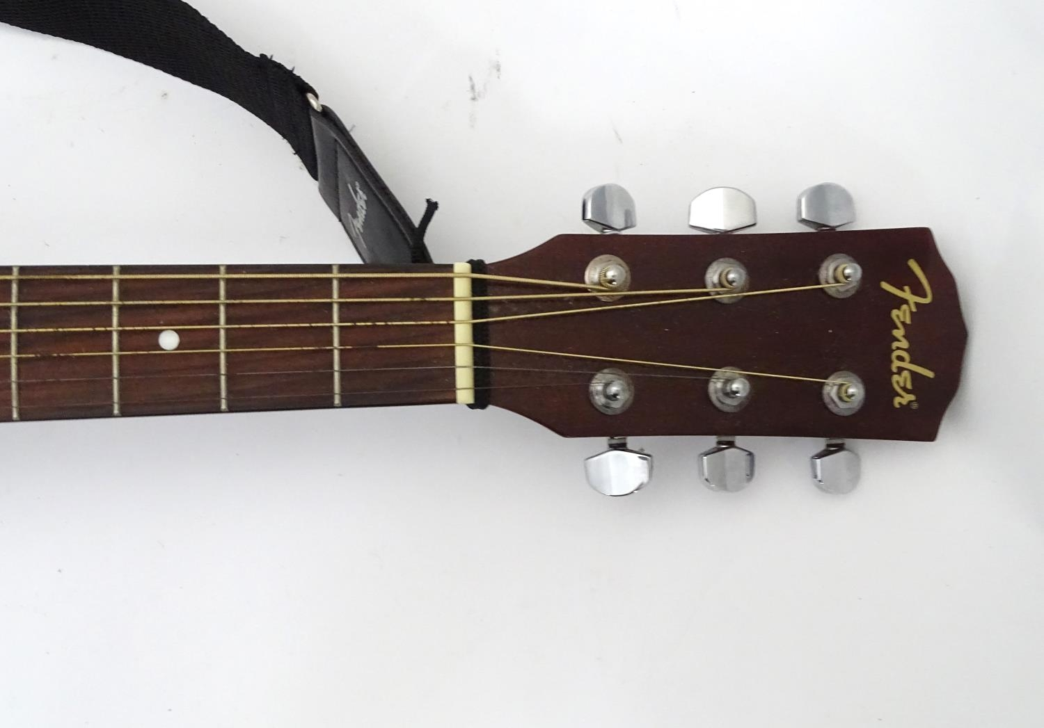 A Fender CD-60 SB acoustic guitar Please Note - we do not make reference to the condition of lots - Image 5 of 5