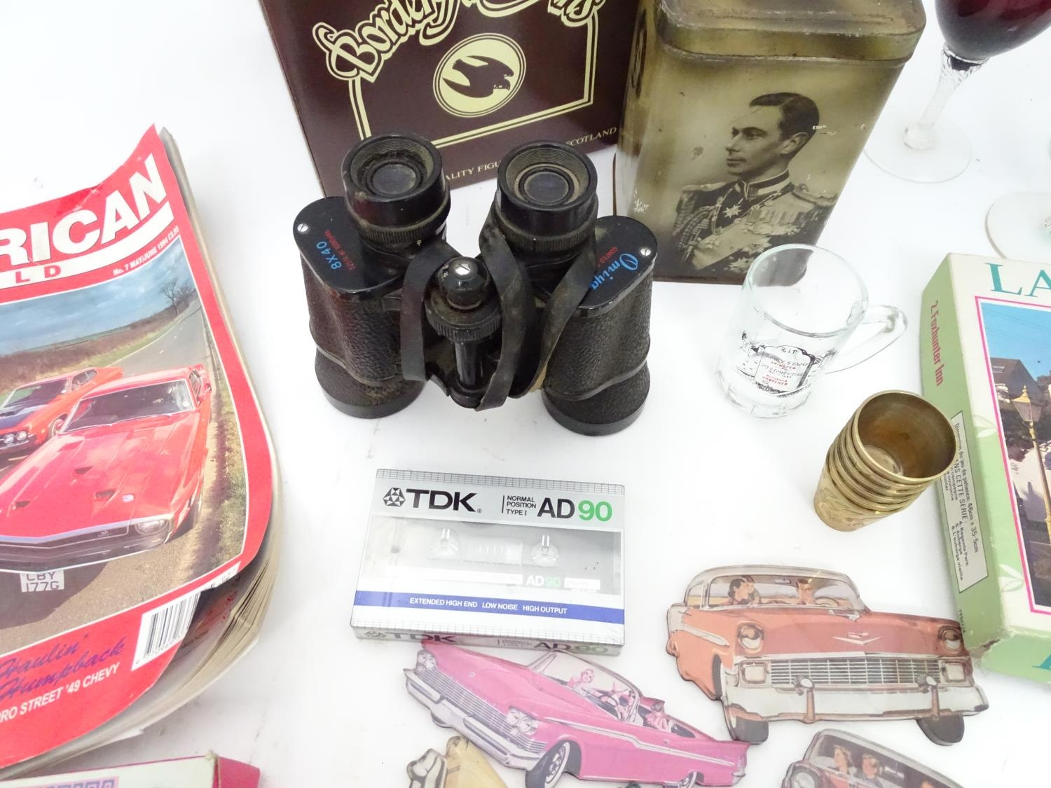 A box of miscellaneous to include novelty phone, drinking glasses, wine glasses, binoculars etc. - Image 8 of 12