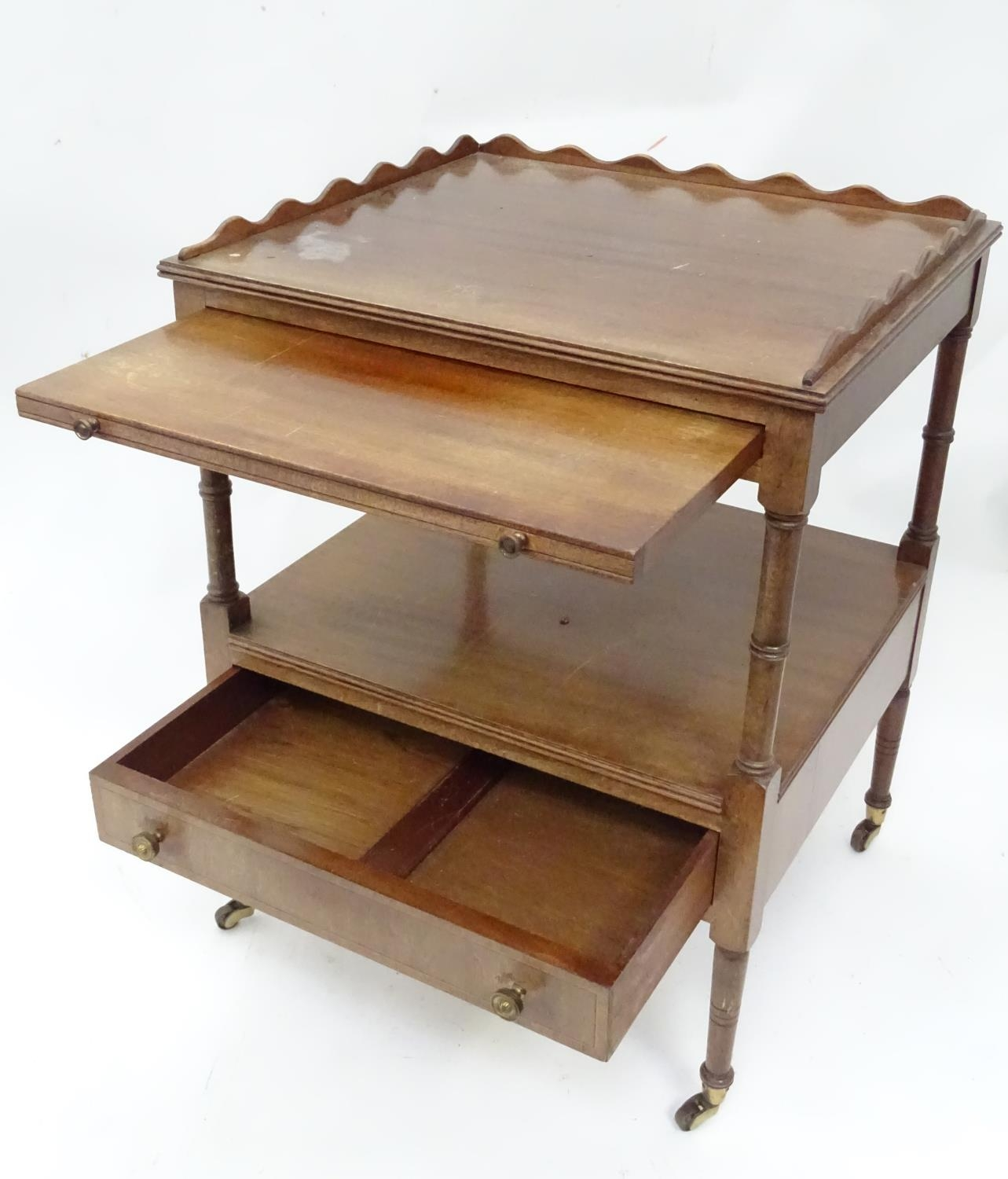 A small mahogany etagere Please Note - we do not make reference to the condition of lots within - Image 3 of 5