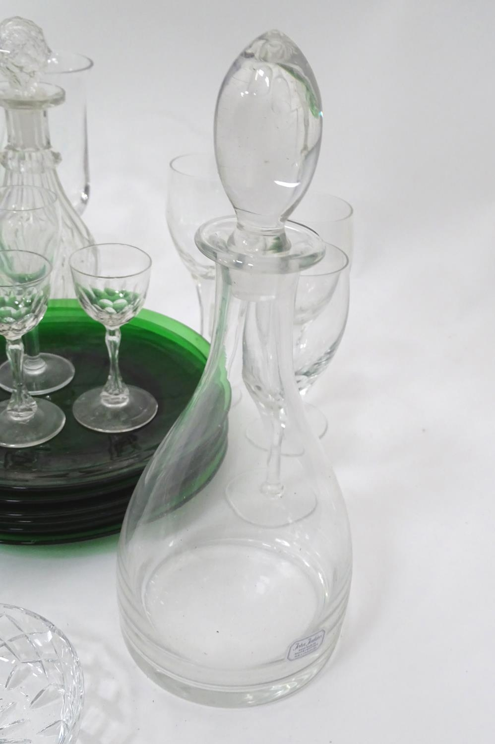 A quantity of assorted glassware to include decanters, drinking glasses, bowls etc Please Note - - Image 7 of 8
