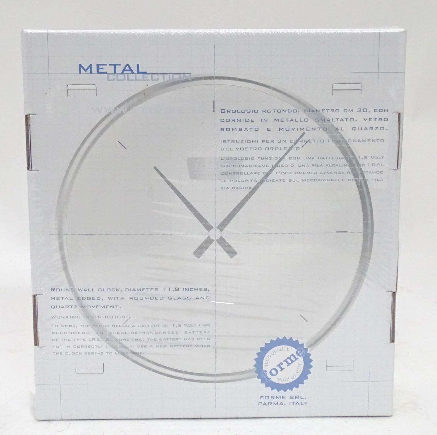 An American motoring wall clock decorated with the car / vehicle Oldsmobile Starfire '98 Please Note - Image 2 of 5