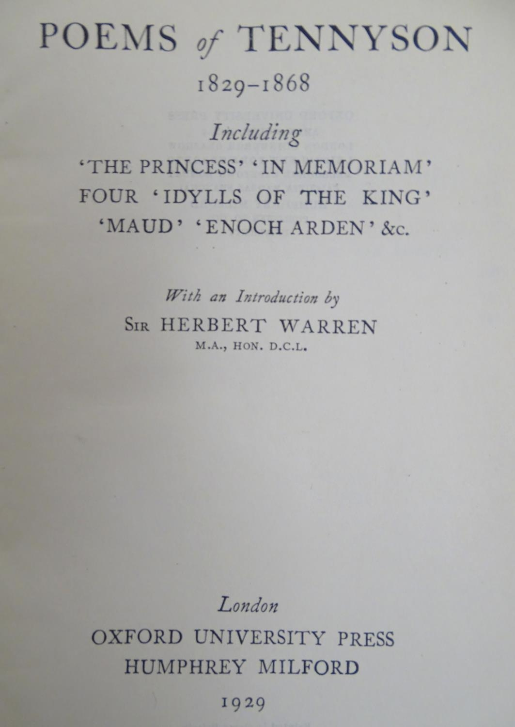 Books: A quantity of books on the subject of poetry, titles to include The Golden Treasury, of the - Image 2 of 6
