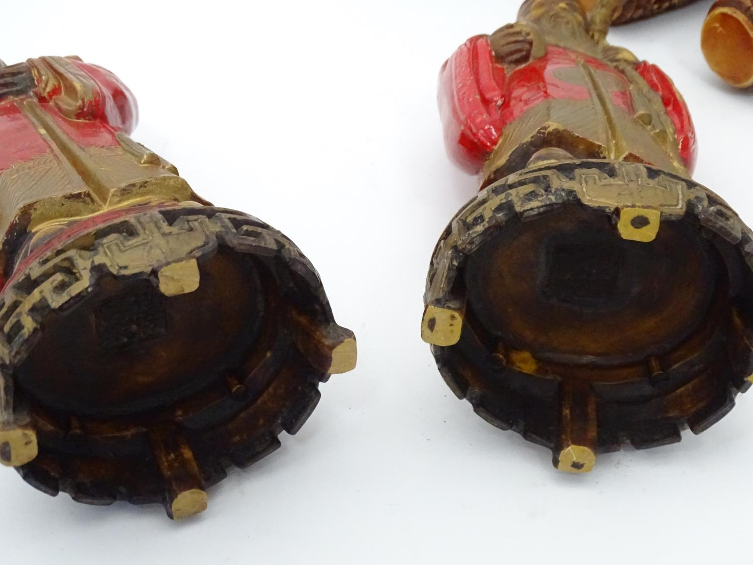 A quantity of Oriental figurines etc. Please Note - we do not make reference to the condition of - Image 2 of 6