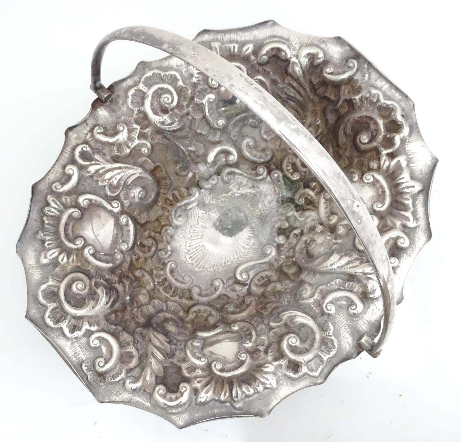 A silver plated bowl together with 2 spoons Please Note - we do not make reference to the - Image 4 of 6