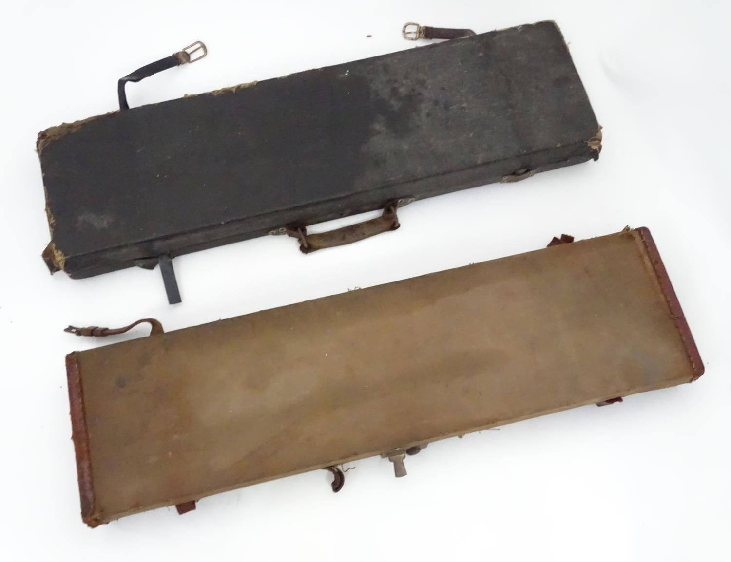 """A Victorian shotgun motor case for 31"""" barrels, the exterior with black leather finish, the interior - Image 3 of 6"""