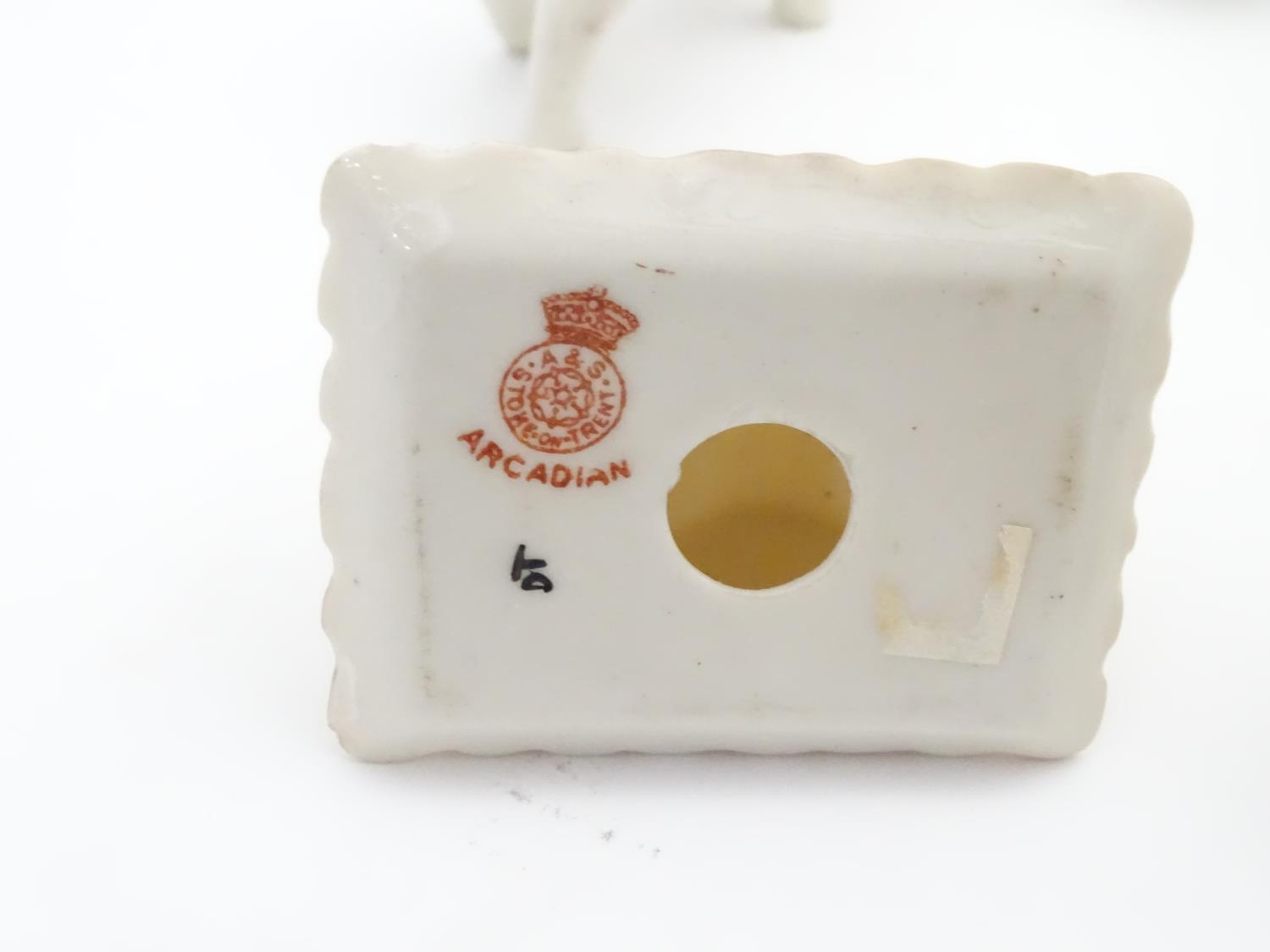 A quantity of Crested Ware to include Leicester camel, Blackpool rabbit, Lowestoft frog, etc. Please - Image 19 of 21