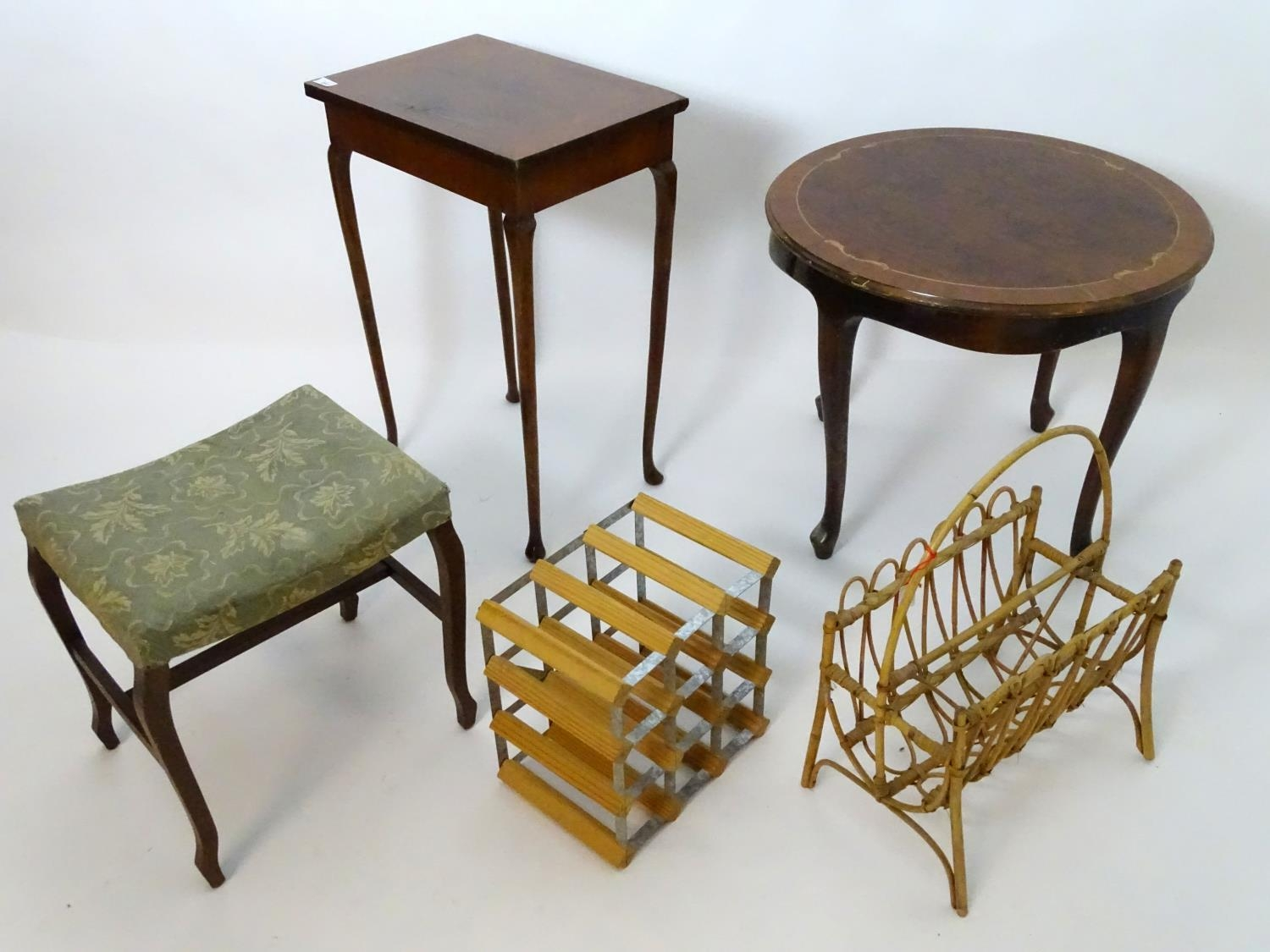 An assortment of furniture comprising wine rack, magazine rack, 2 occasional tables, and a stool (5) - Image 4 of 4