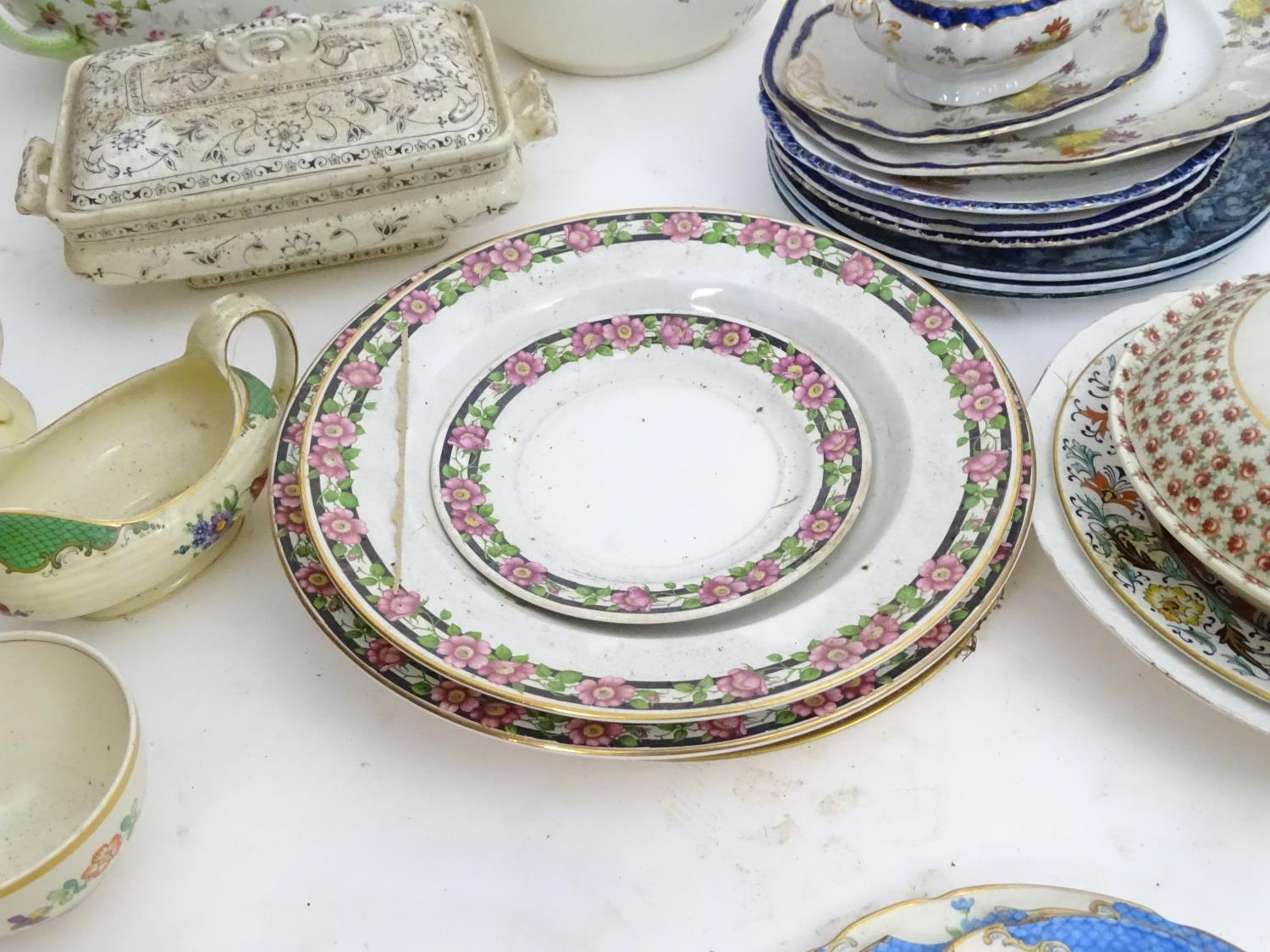 A large quantity of assorted Booths china to include bowls, coffee pots, chamber pots, cups, - Image 3 of 17