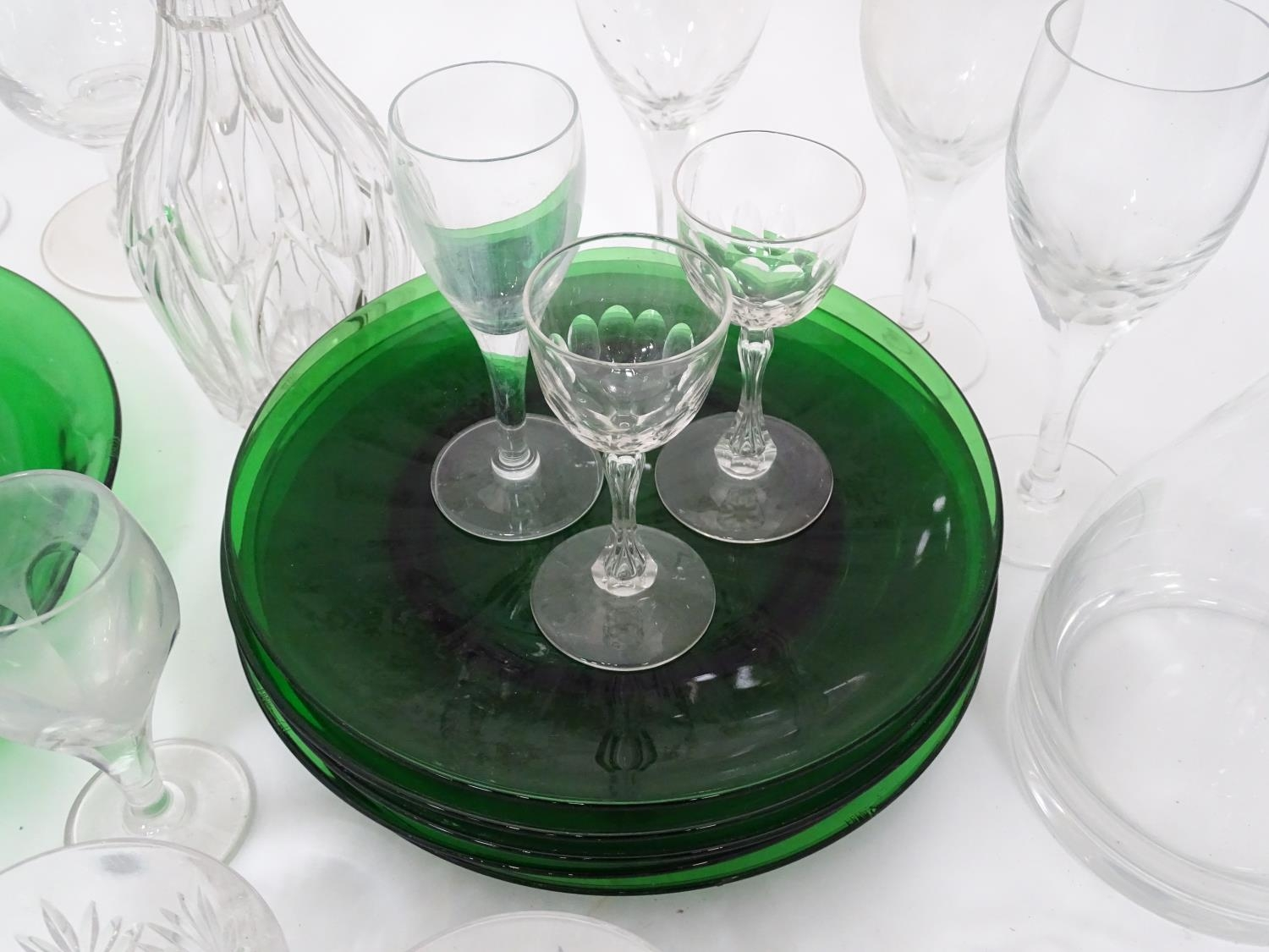 A quantity of assorted glassware to include decanters, drinking glasses, bowls etc Please Note - - Image 3 of 8