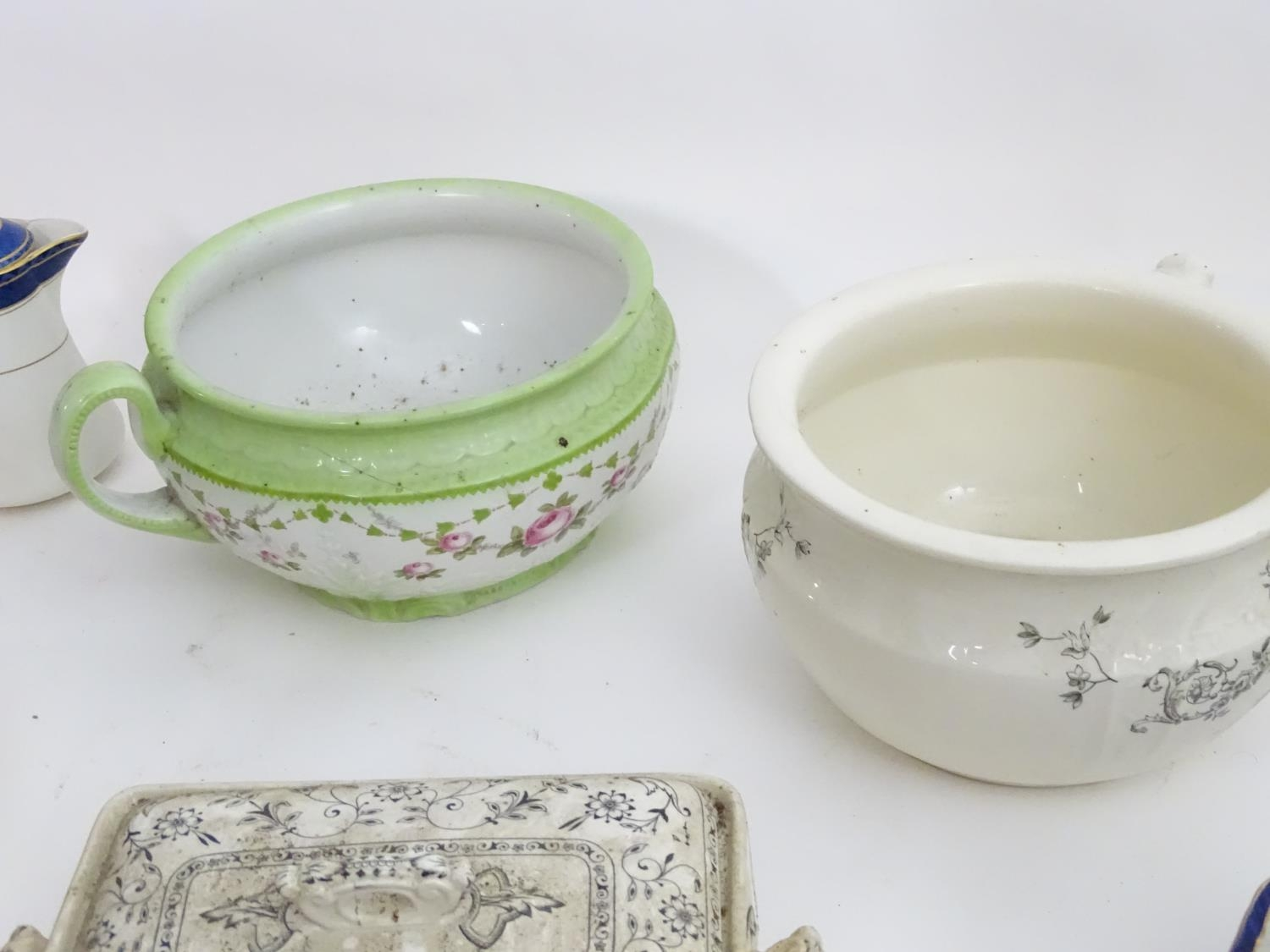 A large quantity of assorted Booths china to include bowls, coffee pots, chamber pots, cups, - Image 14 of 17