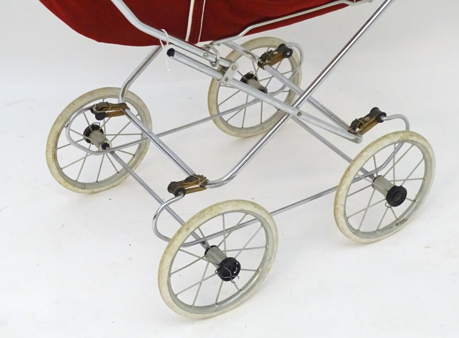 A 20thC dolls pram together with two dolls (3) Please Note - we do not make reference to the - Image 6 of 7