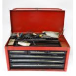 A large metal tool chest and tools Please Note - we do not make reference to the condition of lots