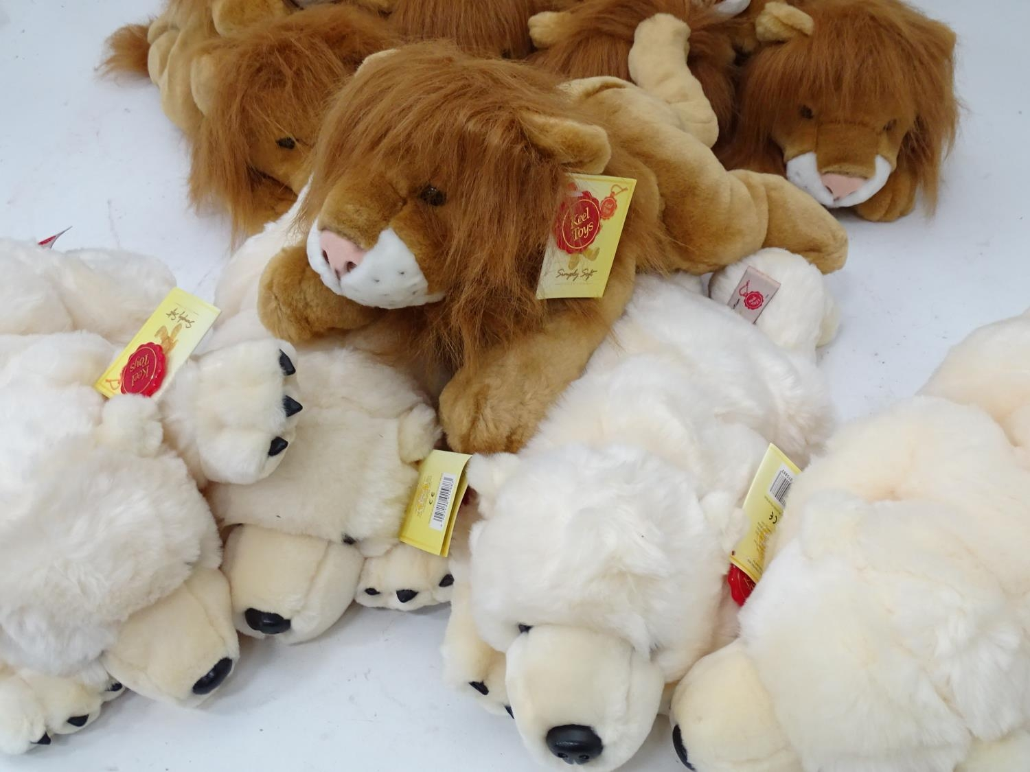 A quantity of Keel soft toys Please Note - we do not make reference to the condition of lots - Image 6 of 9