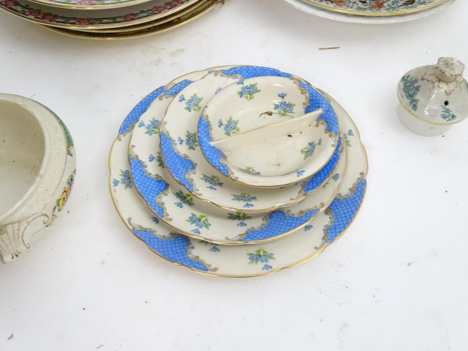 A large quantity of assorted Booths china to include bowls, coffee pots, chamber pots, cups, - Image 5 of 17