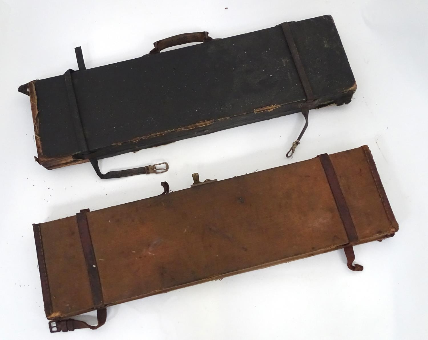 """A Victorian shotgun motor case for 31"""" barrels, the exterior with black leather finish, the interior - Image 2 of 6"""