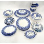 A quantity of blue and white ceramics Please Note - we do not make reference to the condition of