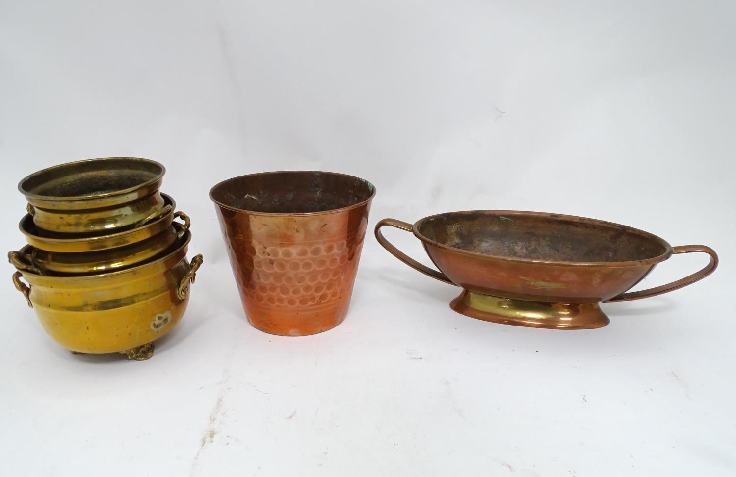 A quantity of brass and copper items Please Note - we do not make reference to the condition of lots - Image 5 of 5