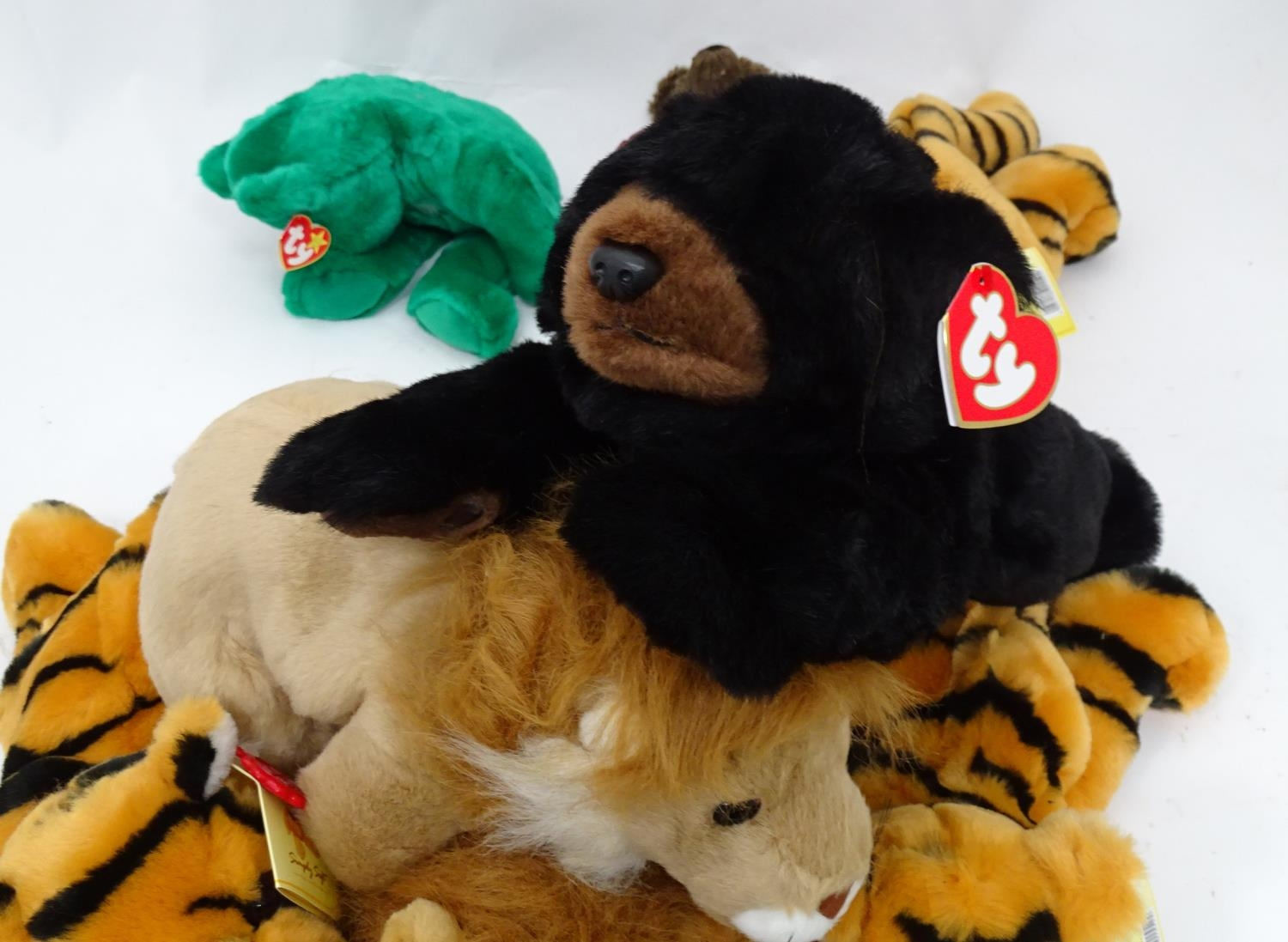 A quantity of Keel soft toys Please Note - we do not make reference to the condition of lots - Image 2 of 7