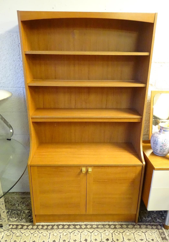 Vintage Retro, Mid Century: a Schreiber dresser bookcase, in teak finish with three shelves and