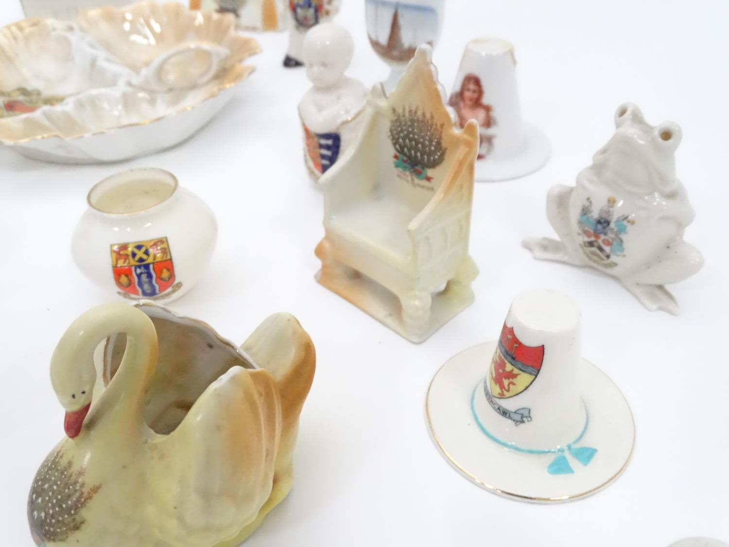 A quantity of Crested Ware to include Leicester camel, Blackpool rabbit, Lowestoft frog, etc. Please - Image 5 of 21